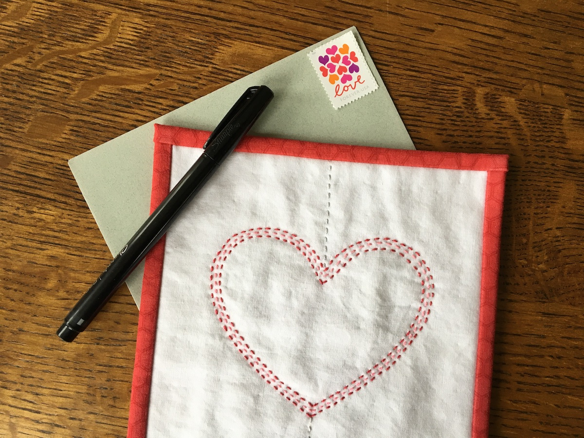 Connected Hearts Mini Quilt with Envelope and Pen